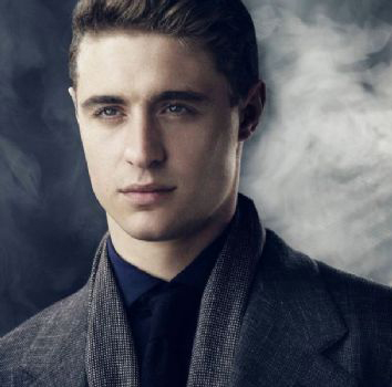 Max Irons Contact Info ( Phone Number, Social Media Verified Accounts) | Profile Info